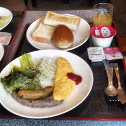 Breakfast every day at Kazo Center Hotel.